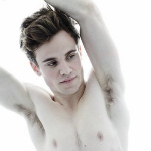 Tom Bott Naked http://brokencelebs.com/allan-hyde-photoshoot/